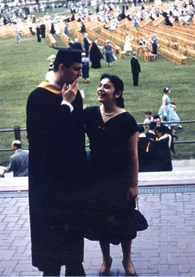Alan Alda  with his wife Arelene on Graduation Day from Fordham