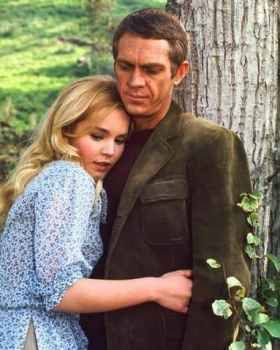 Tuesday Weld Steve McQueen and  in The Cincinnati Kid (1965)