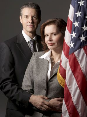 Commander in Chief Geena Davis and Kyle Secor in  (2005)