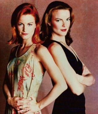 Melrose Place Marcia Cross and Laura Leighton in