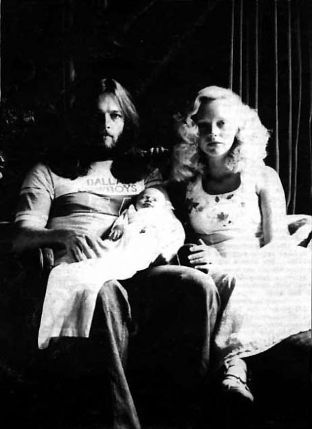 Ginger David Gilmour and  Gilmour, with newly born Alice