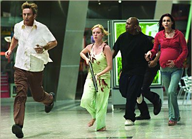 Mekhi Phifer  in THE DAWN OF THE DEAD