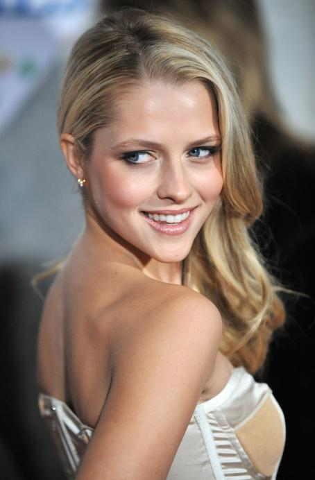 Teresa Palmer - Bedtime Stories LA Premiere, Hollywood, 2008-12-18
