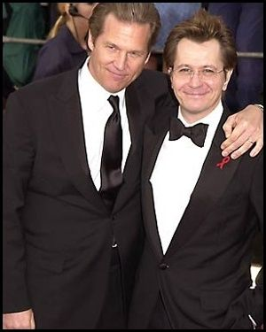 Jeff Bridges Gary Oldman and  in the Premiere of the movie