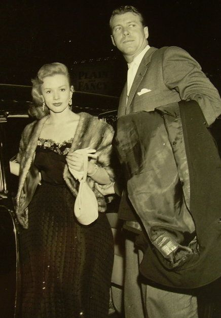 Piper Laurie  and Gene Nelson
