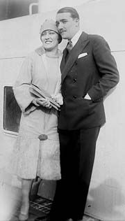 Gloria Swanson  and Henri de la Falaise