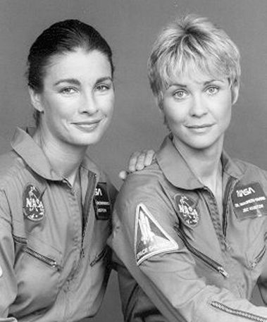 Anne Archer  and Dee Wallace-Stone