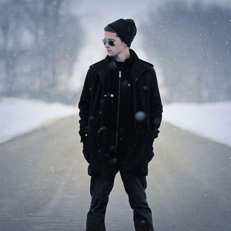 Jake Miller  (hip-hop artist)