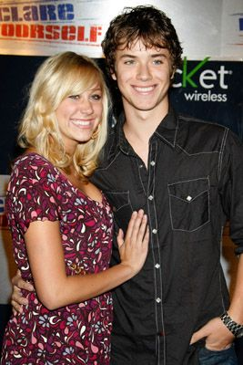 Jeremy Sumpter  with his new girlfriend alyssa tabit