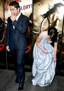 300 Gerard Butler and Lena Headey