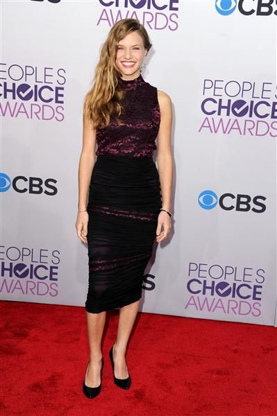 Tracy Spiridakos  attends the 2013 People's Choice Awards at Nokia Theatre L.A. Live in Los Angeles on Jan. 9, 2013