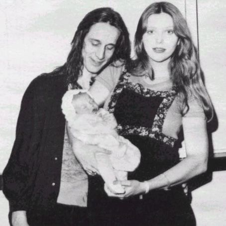 Bebe Buell and Todd Rundgren , 1977