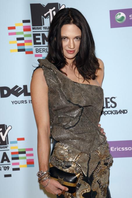 Asia Argento - 2009 MTV Europe Music Awards In Berlin - November 5, 2009