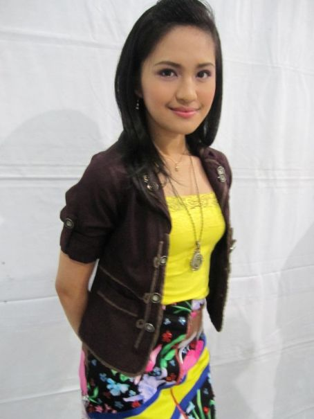 Julie Anne San Jose