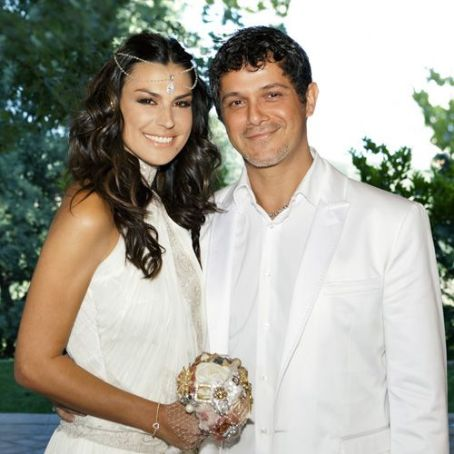 Raquel Perera Alejandro Sanz and Raquel Pereda wedding
