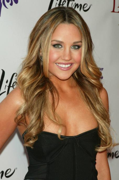 "Amanda Bynes - ""Living Proof"" Premiere In New York City - 24.09.2008"