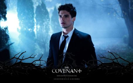 Steven Strait - The Covenant Wallpaper - 2006