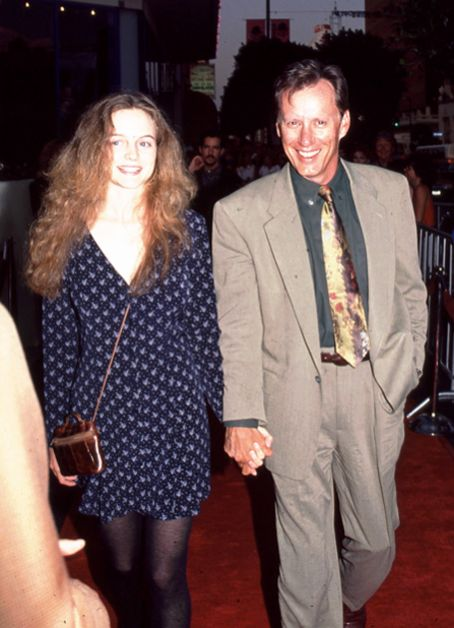 Heather Graham  and James Woods