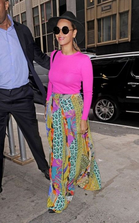 Beyoncé Knowles - Beyonce Brightens Up the Big Apple