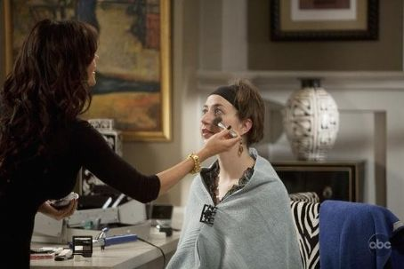Kristen Schaal Modern Family (2009)