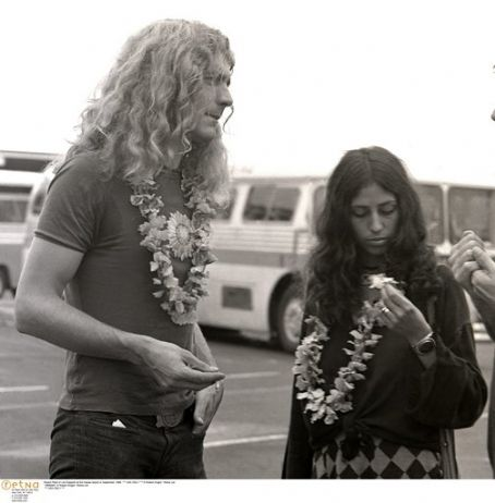 Maureen Plant Maureen Wilson and Robert Plant in Hawaii, September 1969