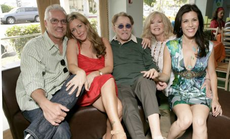 Joely Fisher  with mom, dad, sister, and husband