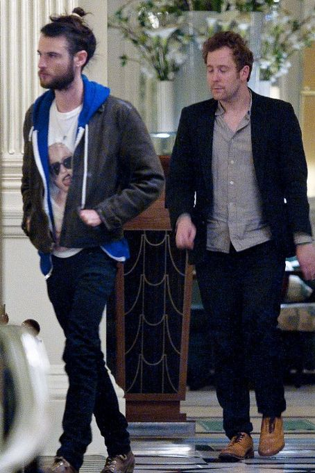 Robert Pattinson arrives for dinner with friends at Claridge's restaurant in London