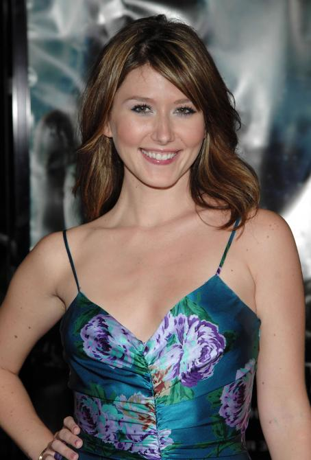"Jewel Staite - ""Serenity"" Los Angeles Premiere 2005-09-22"