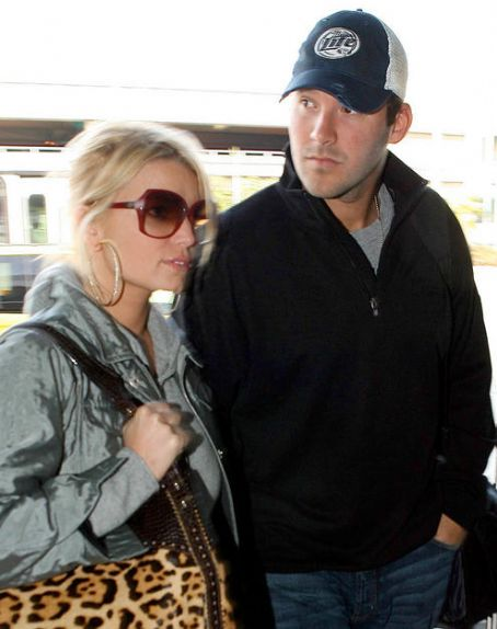 Tony Romo  and Jessica Simpson