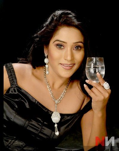 Niruta Singh Actress  Pictures and shoots