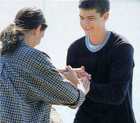 Joshua Jackson  Katie Holmes Dating on Joshua Jackson And Katie Holmes Pic   Image Of Joshua Jackson And