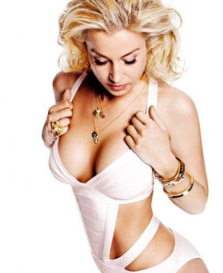 Showing off her hotness for the men (and women) fighting overseas, Kellie Pickler was selected to cover the Salute To The Military 2012 issue of Maxim magazine