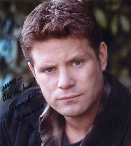 Sean Astin - Photo Set