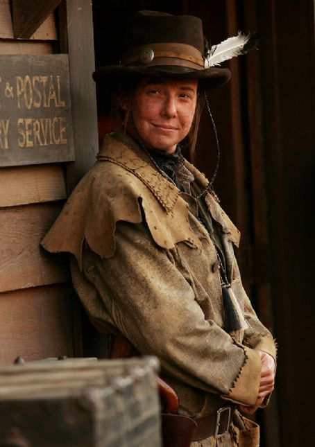 Deadwood Robin Weigert as Calamity Jane on