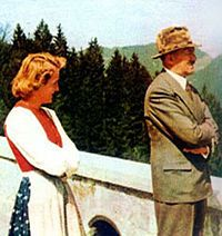 Adolf Hitler Eva Braun and