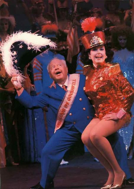 Sugar, Mickey Rooney, Ann Miller, 1979