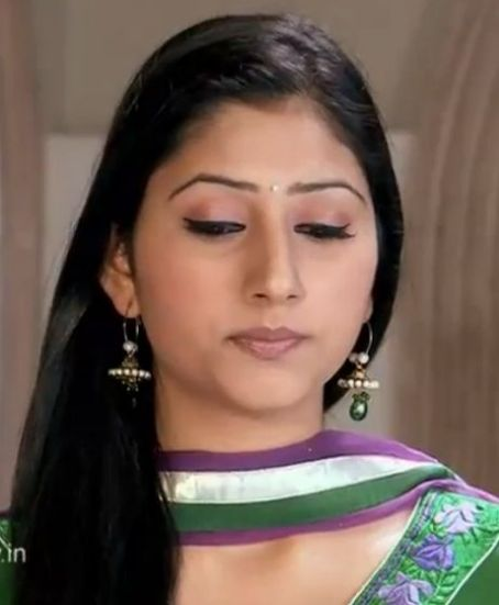 Disha Parmar Actress  pictures