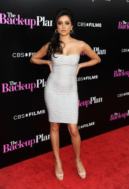 Noureen DeWulf - Premiere Of 'The Back-up Plan' In Westwood, California, On April 21, 2010