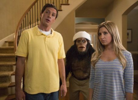 Ashley Tisdale - Scary Movie 5