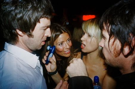 Zak Starkey  and Sharna Liguz with Noel Gallagher and girlfriend, August 2006