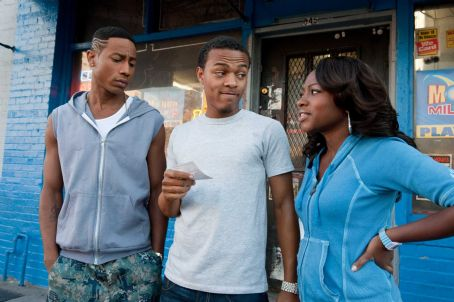 Benny (L-r) BRANDON T. JACKSON as , BOW WOW as Kevin Carson and NATURI NAUGHTON as Stacie in Alcon Entertainment's comedy 'LOTTERY TICKET,' a Warner Bros. Pictures release. Photo by David Lee