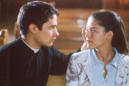 The Crime of Father Amaro Ana Claudia Talancon and Gael García Bernal in