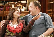 Mark Addy  and Jami Gertz