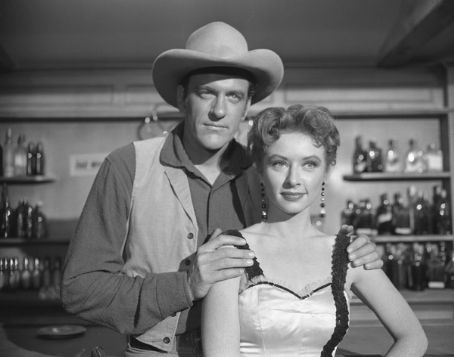 Gunsmoke - Matt & Kitty