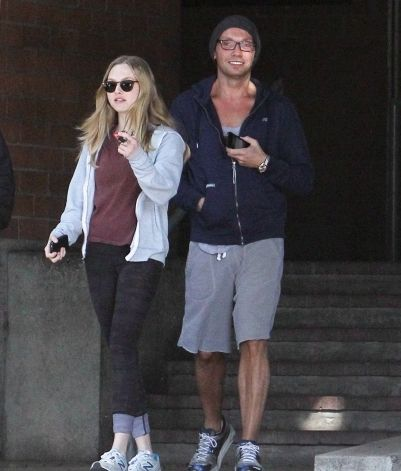 Amanda Seyfried: Leaving Wilcox police station