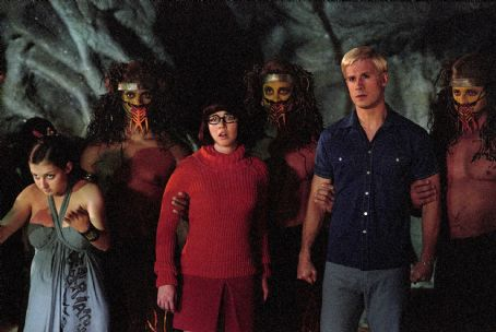 Velma Linda Cardellini as  and Freddie Prinze Jr. as Fred in Warner Brothers' Scooby Doo - 2002