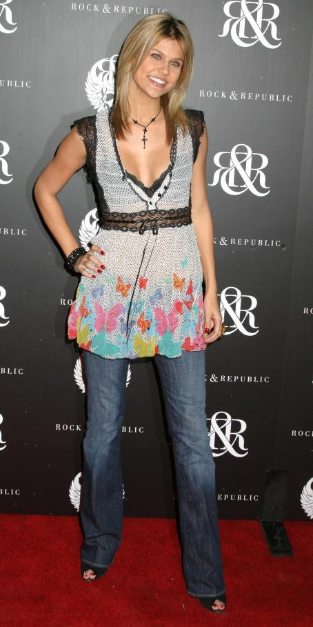 Erika Schaefer  - Rock & Republic Host Spring Collection Party - 18/10/06