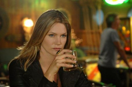 Natasha Henstridge - The Secret Circle (2011)
