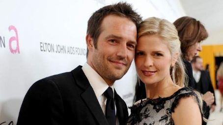 Michael Vartan and Lauren Skaar