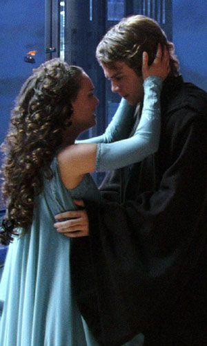 Star Wars: Episode III - Revenge of the Sith Natalie Portman and Hayden Christensen in  - 2005